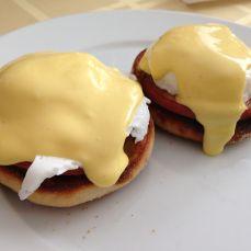 Christmas Breakfast - Eggs Benedict!